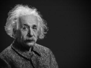 Albert Einstein anstellen
